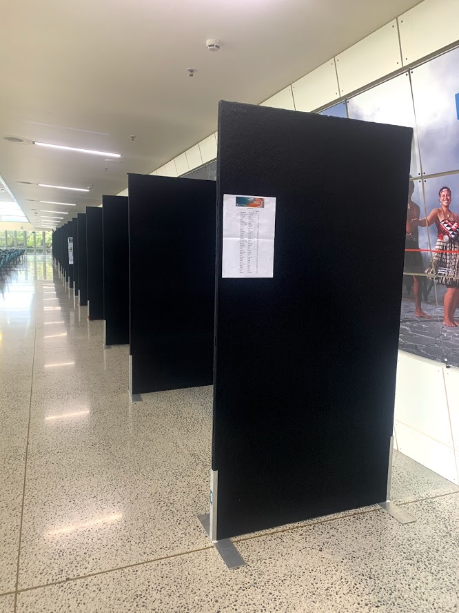 EXHIBITION PANELS BLACK FREE STANDING